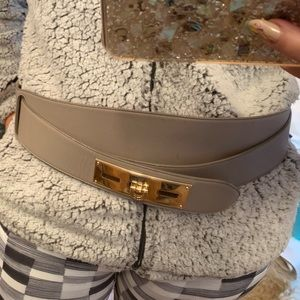Bally grey leather double round buckle belt 95